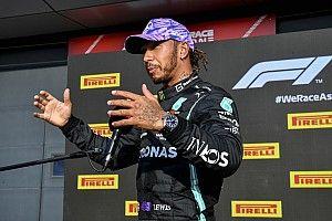 Hamilton : Verstappen ne m'a pas laissé de place