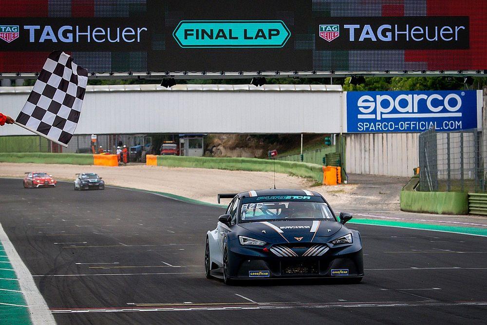 Azcona győzelemre vezette a Zengő Cupráját az első ETCR hétvégén