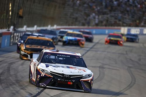What time and channel is the NASCAR playoffs at Texas