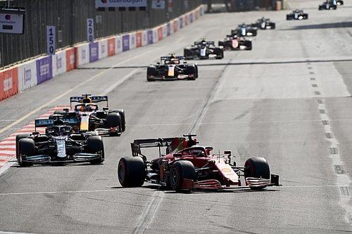 Het niet uitgezonden moment waardoor Leclerc de leiding in Baku verloor