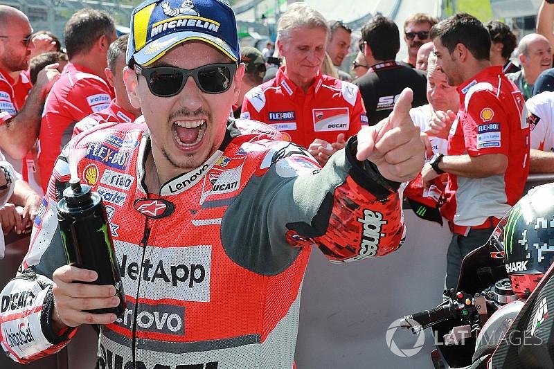 Гран Прі Австрії: Лоренсо здобув блискучу перемогу після боротьби з Маркесом до оcтаннього повороту