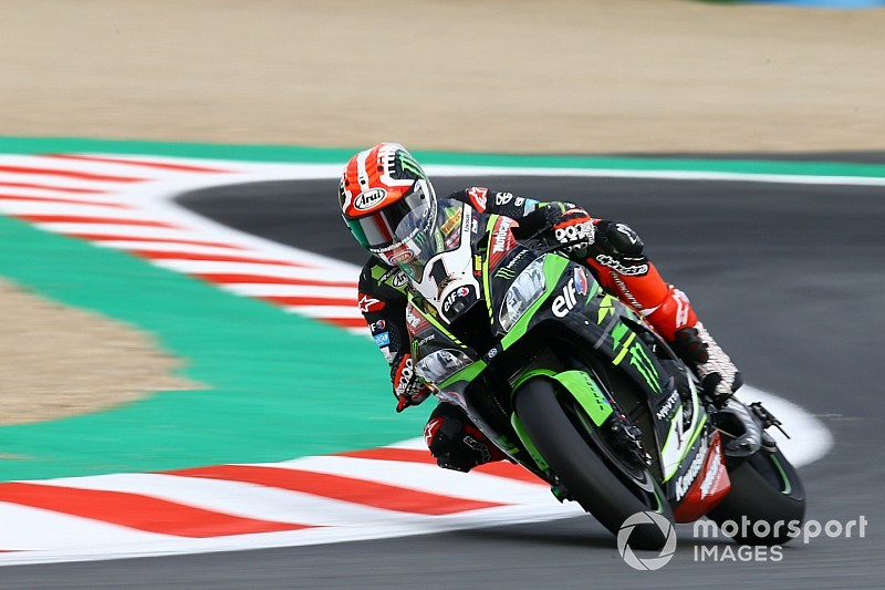 Magny-Cours WSBK: Rea leads Sykes in Friday practice