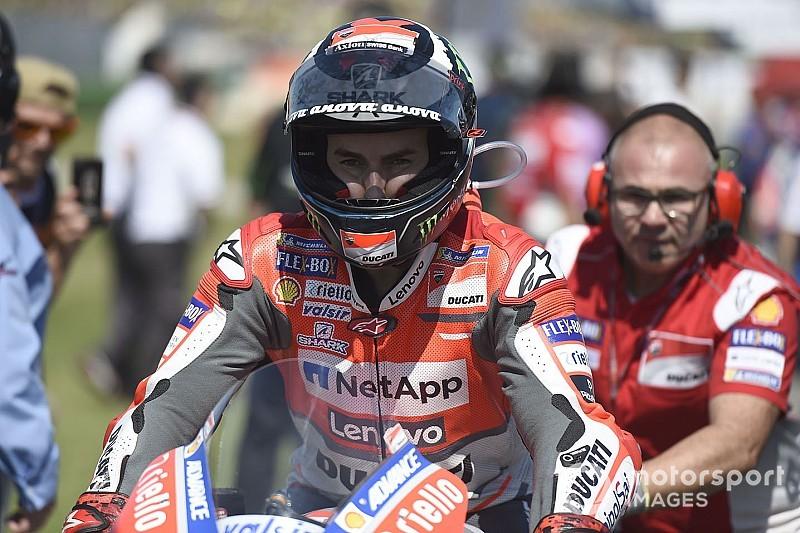 """Lorenzo: """"Ducati prefirió subir el sueldo a Dovizioso y fichar un piloto más barato"""""""