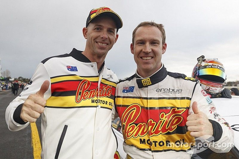Sandown Supercars: Reynolds edges Whincup for pole
