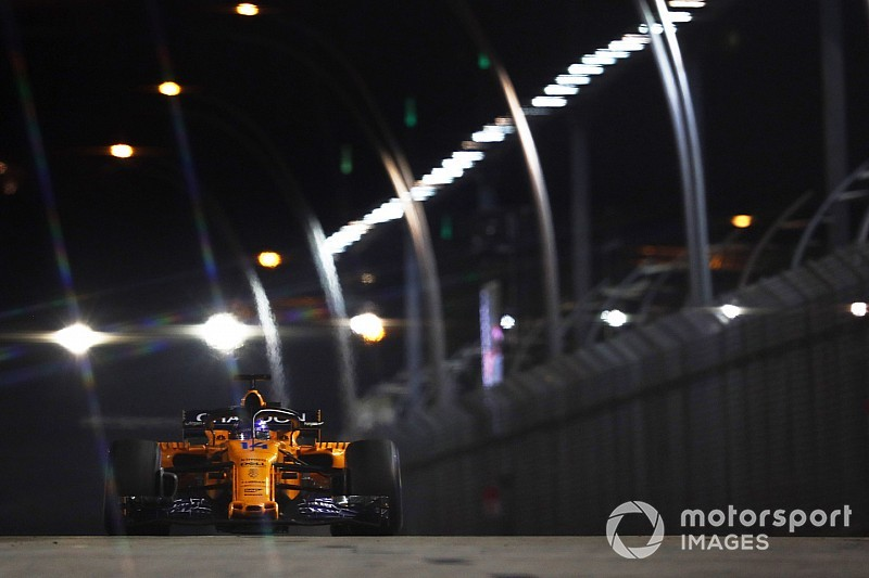 Alonso egyedül viszi a hátán a McLarent: a 6. hely a maximum?