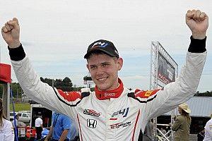 Czaczyk dominates US F4's first weekend