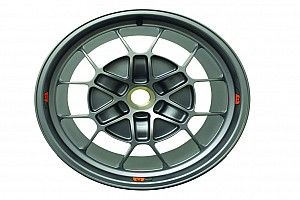 Arriva una speciale ruota in alluminio per la NextEV TCR