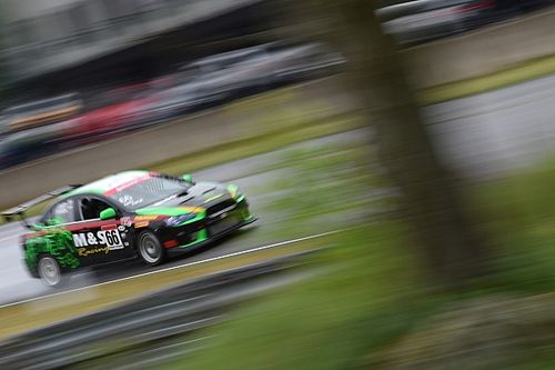CTCC - Drivers compete in tough conditions at Calabogie