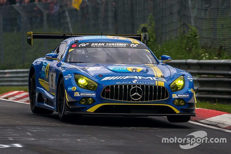 Mercedes-AMG takes pole position and further top grid positions for Nürburgring 24-hour race
