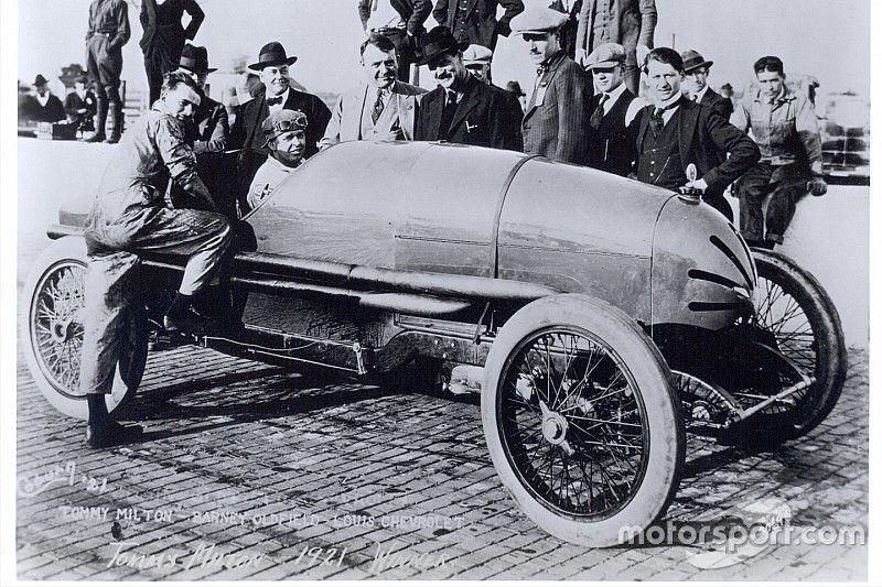 La historia de Chevrolet: Louis, de desastre en desastre (IV)