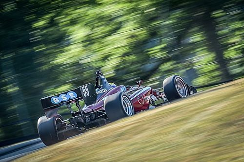 Urrutia takes brilliant pole at Mid-Ohio