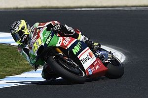 Espargaro breekt vinger in crash Australische Grand Prix