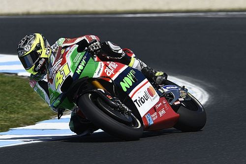 Espargaro breekt vinger in crash Australische Grand Prix