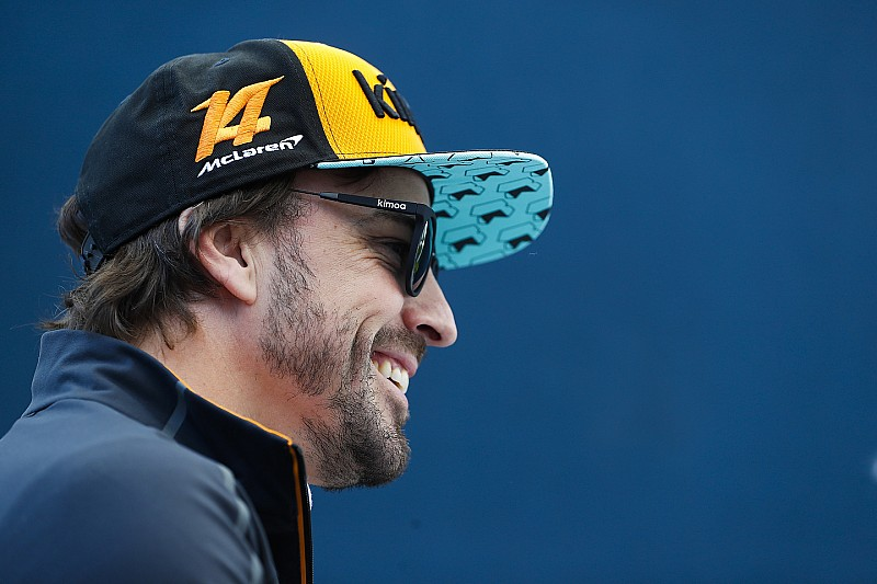 Alonso különleges cipője: 2014 óta még csak az élen sem volt