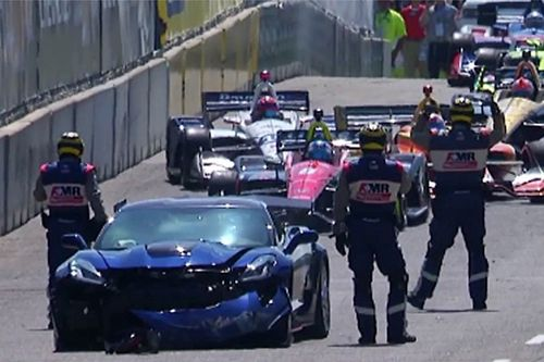Pace car crash delays Detroit IndyCar race
