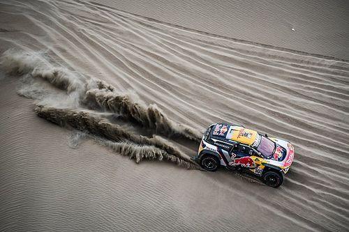 """Dakar, Peterhansel: """"La navigazione è più facile con le tracce delle moto"""""""