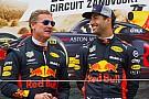 Az év táncos jelenetével állt elő Ricciardo és Coulthard