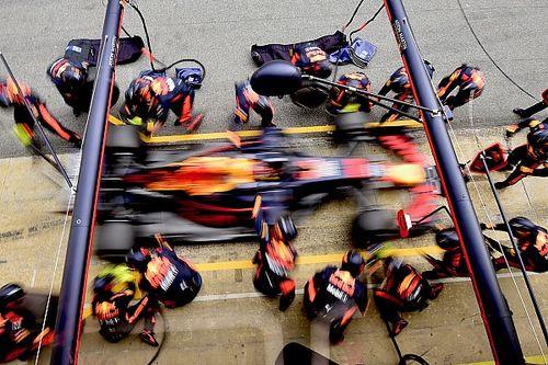 Росберг о Ферстаппене: Не понимаю, зачем он остался в Red Bull