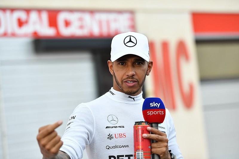 """Hamilton: """"Nem tudom elhinni, hogy Vettel csak 5 másodpercet kapott…"""" (videó)"""