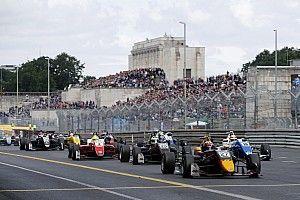 Тиктум выиграл «семиминутную» гонку Евро Ф3 на «Норисринге»