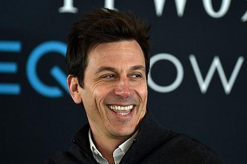 "Wolff se burla de Ferrari: ""Me impresionó especialmente Red Bull"""