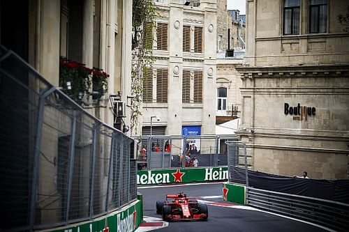 Los Ferrari se recuperan en los libres 3 de Bakú