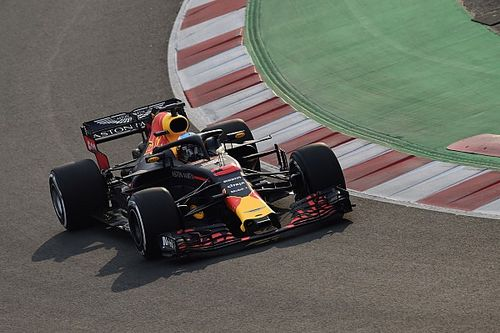 In beeld: De nieuwe Formule 1-auto's in actie