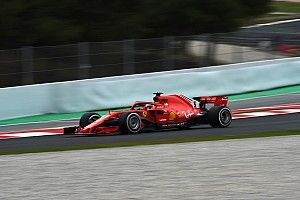 Vettel: Pilotos têm dificuldades em ficar na pista no frio