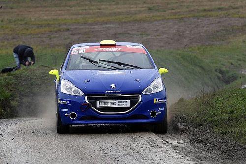 Rallye Pays du Gier : Thomas Schmid si mette in luce tra gli Junior