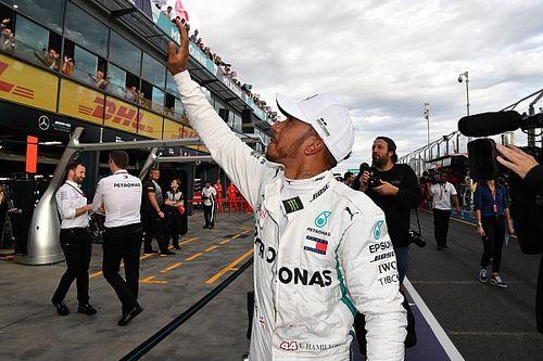 "Hamilton fica ""surpreso"" com velocidade da Ferrari"