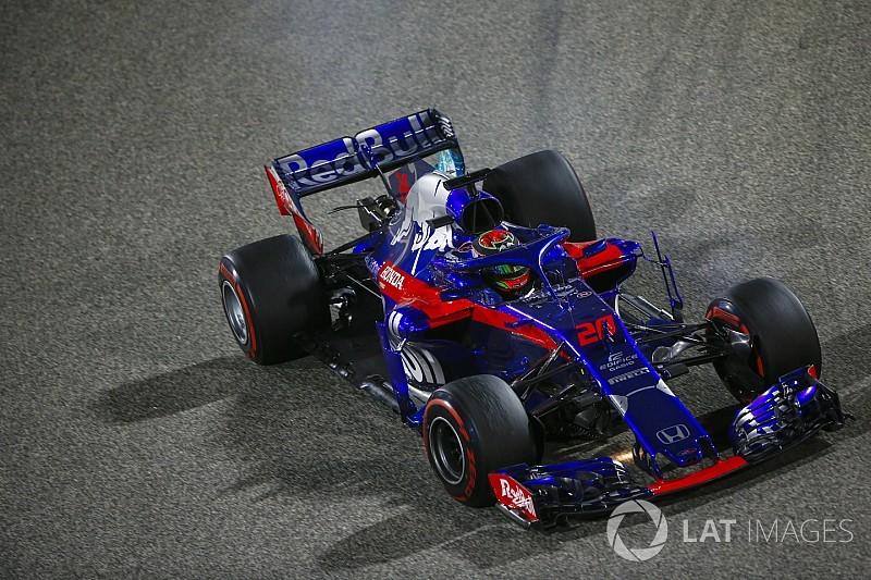 Hartley admite su culpa en el accidente con Sergio Pérez
