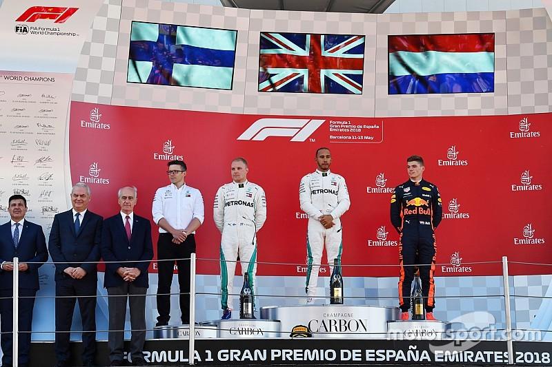 Stand WK Formule 1: Hamilton loopt uit, Verstappen stijgt