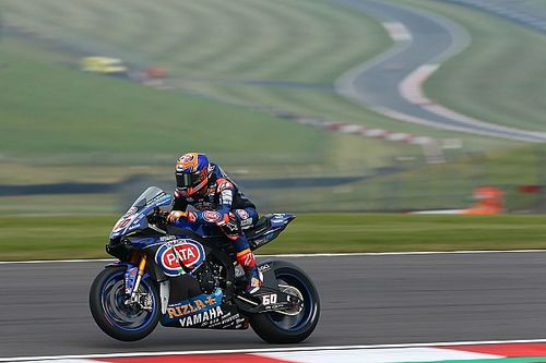 Donington WSBK: Van der Mark leads Razgatlioglu in Race 2