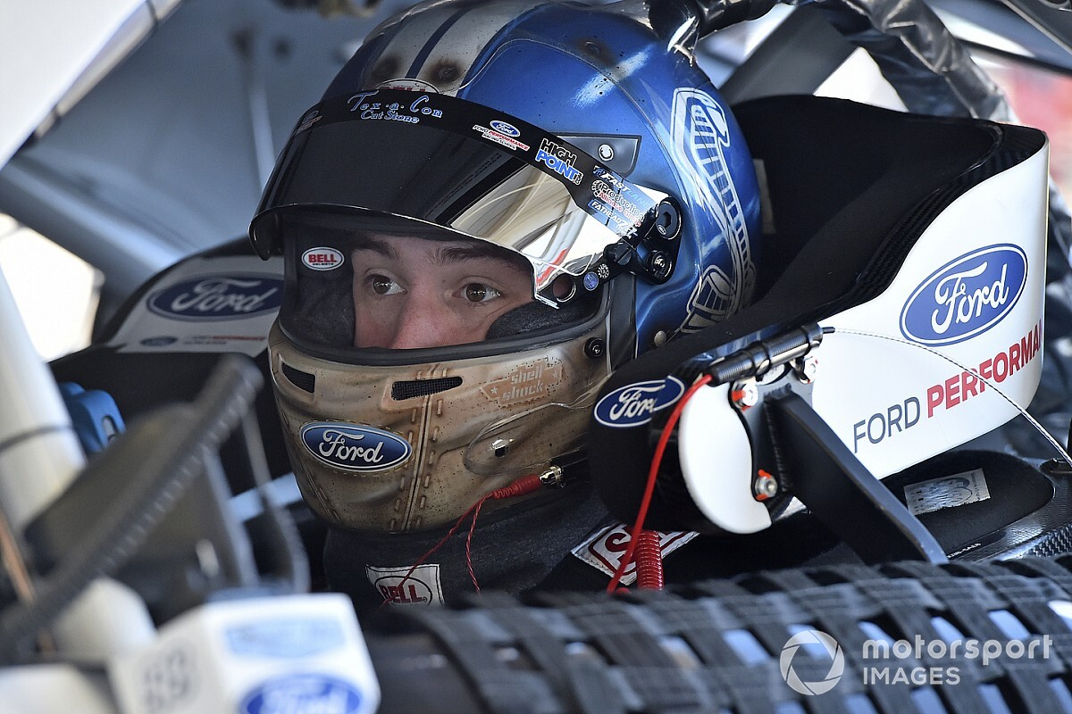 Chase Briscoe wins Short Track Challenge at Martinsville
