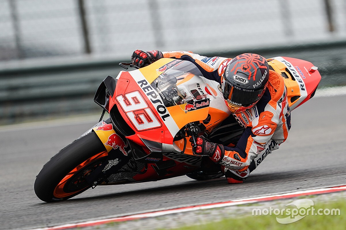 "Marquez ""more worried"" by bike than by fitness"