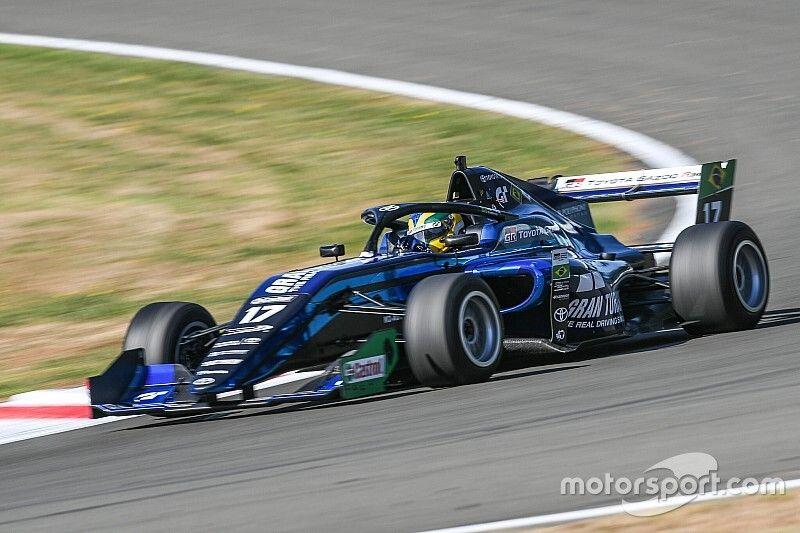 Disputa de título AO VIVO: Assista Igor Fraga na corrida 2 de Manfeild pela Toyota Racing Series