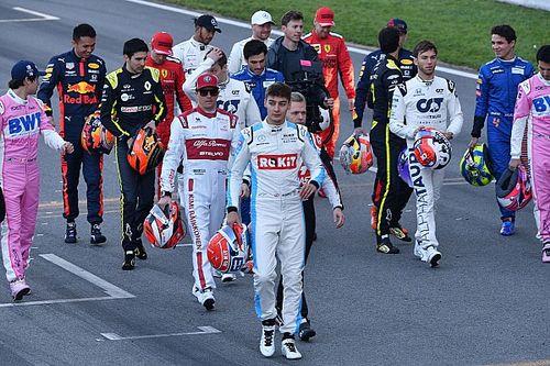 Все машины и пилоты нового сезона Формулы 1: фотогалерея и статистика
