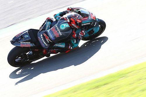 Куартараро на 0,03 секунды опередил Маркеса в финальной квалификации сезона MotoGP
