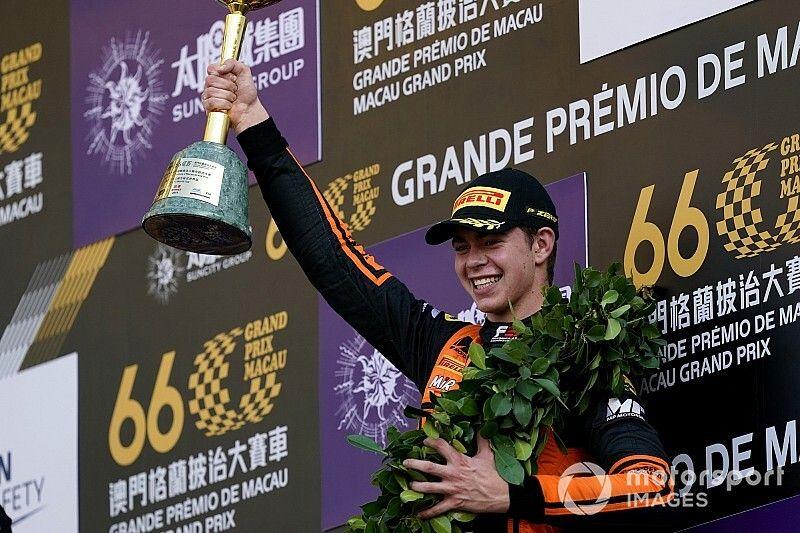Macau winner Verschoor had bent steering