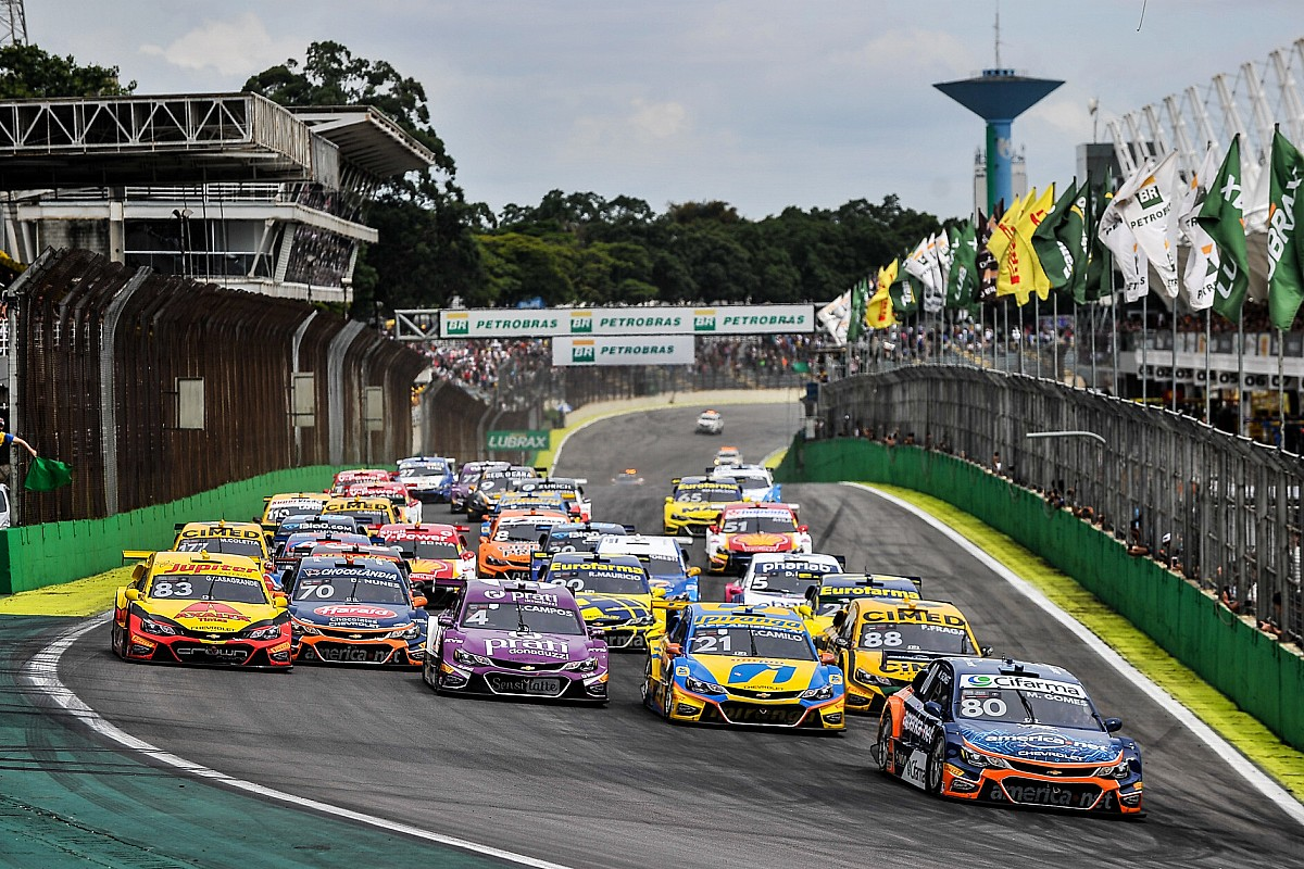 Stock Car planeja 12 etapas em oito fins de semana com corridas aos sábados
