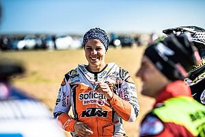 El número de españoles en motos en el Dakar de Arabia Saudí desciende