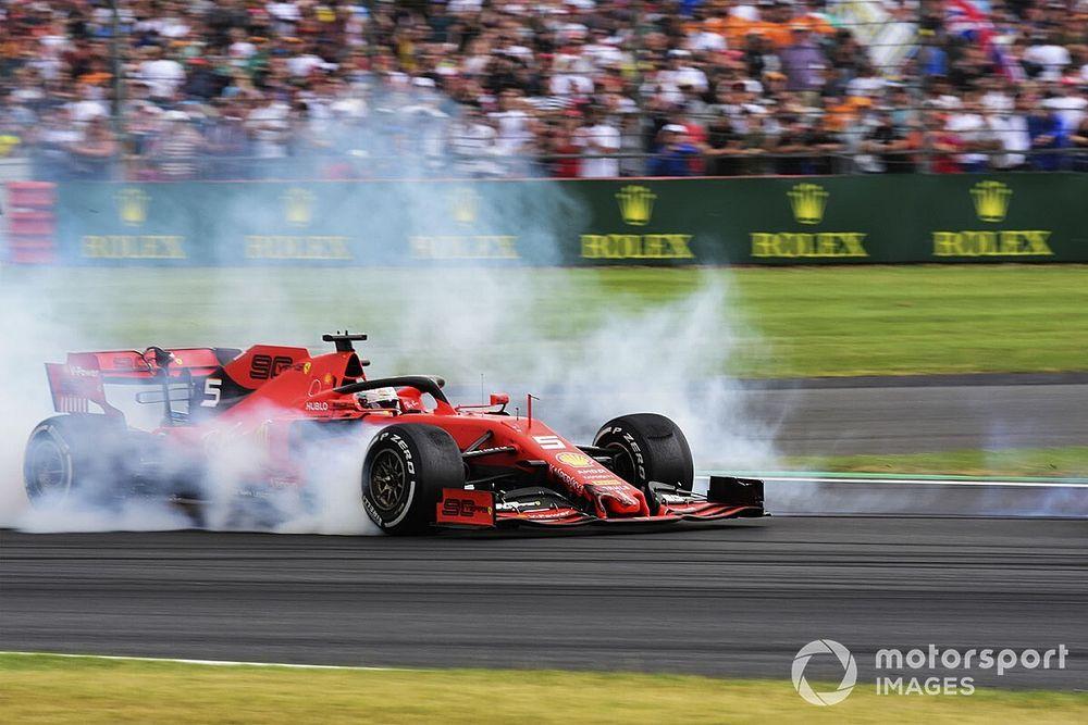 Vettel geeft zichzelf een 5 voor eerste seizoenshelft