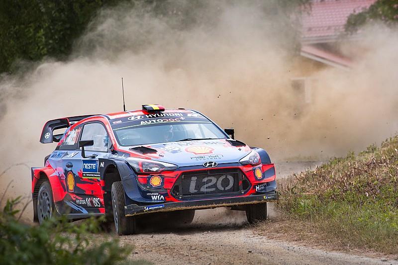 Neuville e la Hyundai i20 Coupé WRC in gara a Rallylegend!