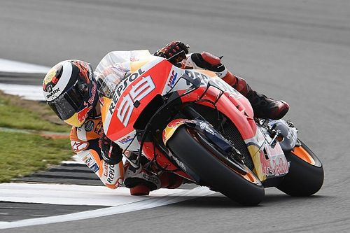 "Lorenzo not pushing on ""difficult"" MotoGP return"