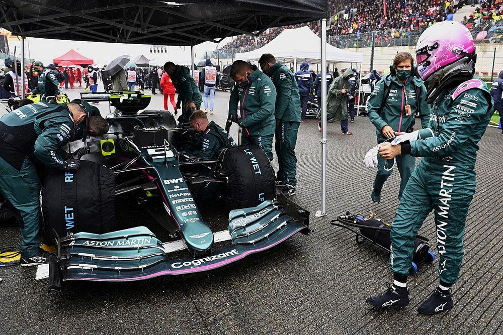"""Vettel: """"Bugün puan kazanacak ne yaptık bilmiyorum"""""""