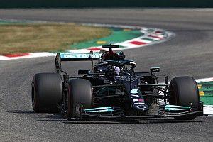 Hamilton lidera la FP2 del GP de Italia y Sainz vuelve a chocar
