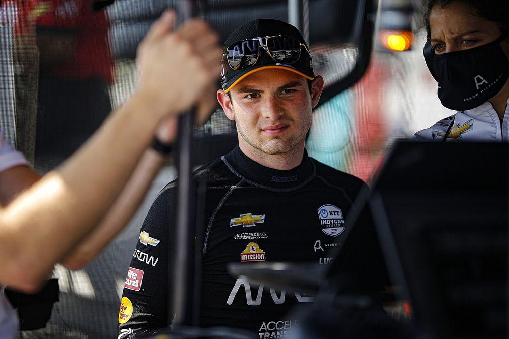 O'Ward molesto por la forma en que IndyCar interpreta las reglas