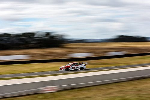 Smith to make third Supercars wildcard appearance
