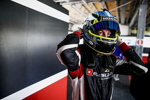 Hungary WTCR: Girolami beats Muller to pole