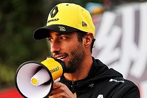 Óriási: Ricciardo megpróbál franciául nyilatkozni (VIDEÓ)